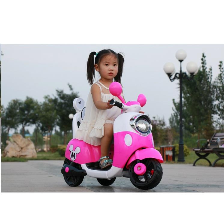 Xe điện trẻ em Vespa M6688